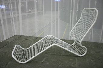 wire-chaise-lounge-by-dave-keune