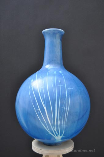 blueware-vase-by-studio-glithero